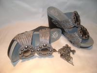 Fashionable Artisan Wedge-heeled Shoe