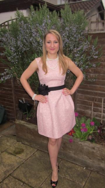Love this pink dress from Zara i styled it with a very cute black belt from Zara also!