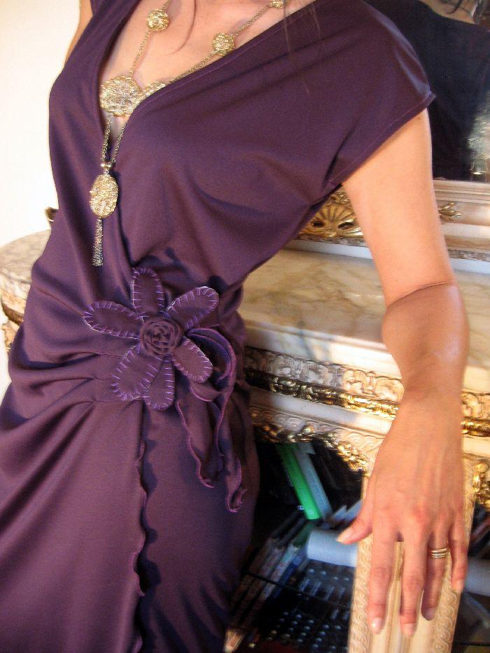 Dress in violet