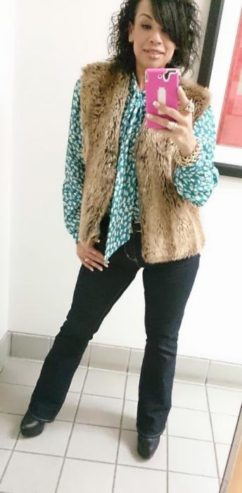 Today's Look: Faux Fur Vest, Vintage Blouse & Denizen Jeans!