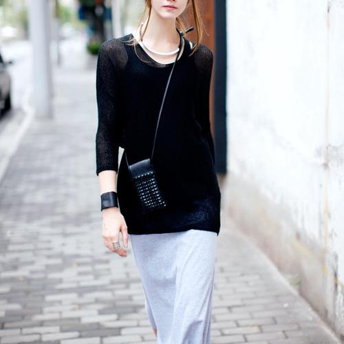2012 Autumn Black V-neck Long Sleeve Knit Sweater